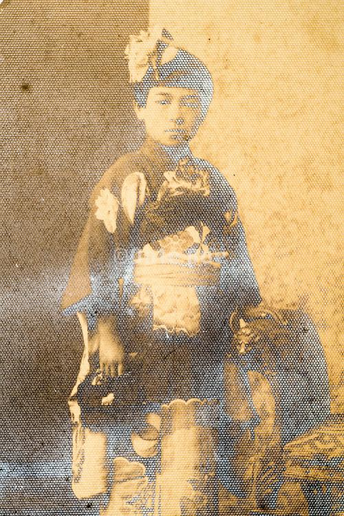 eroding little girl in kimono studio portrait Japan ca 1930s
