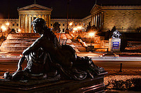 Statue at Eakins Oval & Philadelphia Museum of Art (2)
