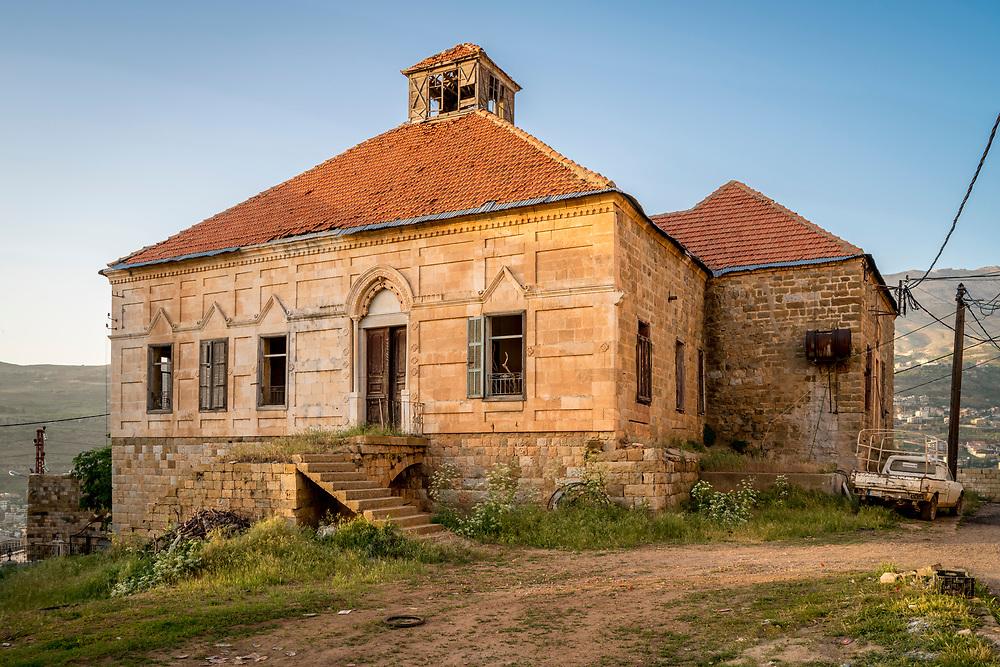 Bazaoun, Liban. Maison traditionnelle libanaise abandonn&eacute;e.<br /> <br /> Bazoun, Lebanon. An abandoned traditional Lebanese House.