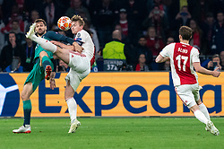 08-05-2019 NED: Semi Final Champions League AFC Ajax - Tottenham Hotspur, Amsterdam<br /> After a dramatic ending, Ajax has not been able to reach the final of the Champions League. In the final second Tottenham Hotspur scored 3-2 / Matthijs de Ligt #4 of Ajax, Fernando Llorente #18 of Tottenham Hotspur