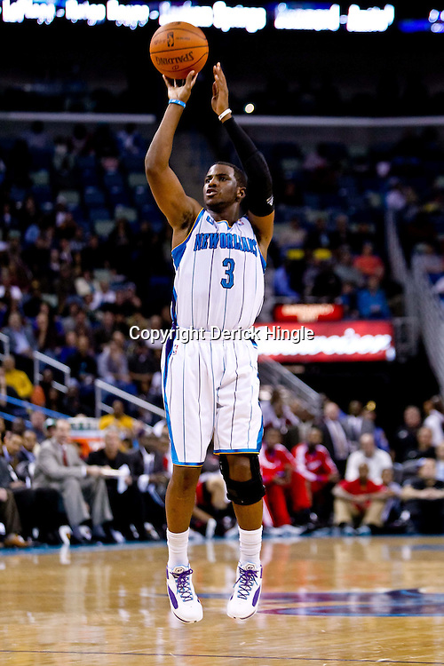 November 9, 2010; New Orleans, LA, USA; New Orleans Hornets point guard Chris Paul (3) shoots a three pointer during the second quarter against the Los Angeles Clippers at the New Orleans Arena. Mandatory Credit: Derick E. Hingle