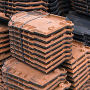 Nederland Zuid-Holland Zoetermeer  27-08-2009 20090827 Foto: David Rozing ..Serie over bouwsector, zware beroepen. Stilleven stapel dakpannen. .Construction materials, tiles. .Holland, The Netherlands, dutch, Pays Bas, Europe ..Foto: David Rozing