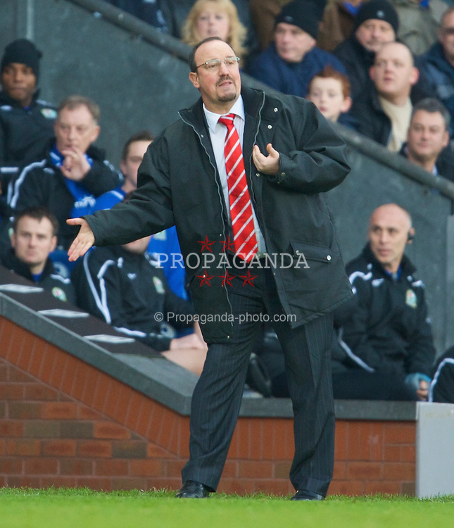 BLACKBURN, ENGLAND - Saturday, December 6, 2008: Liverpool's manager Rafael Benitez during his side's Premiership match against Blackburn Rovers at Ewood Park. (Photo by David Rawcliffe/Propaganda)
