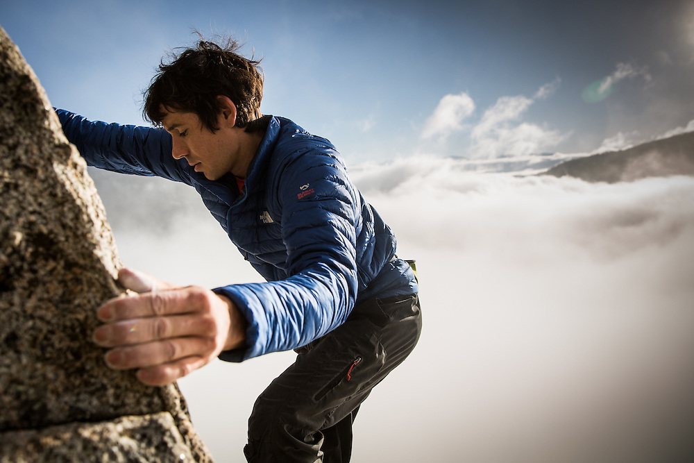 Climber Alex Honnold climbs at Donner Pass, California, October 29, 2015.