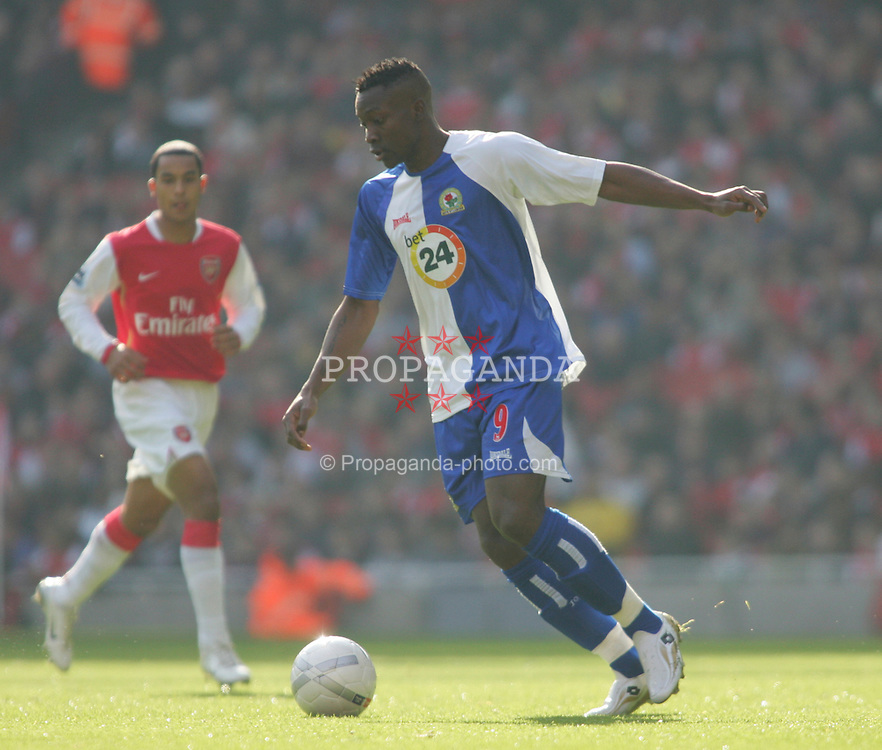 London, England - Saturday, February 17, 2007: Blackburn Rovers' Shabani Nonda in action against Arsenal during the FA Cup 5th round match at the Emirates Stadium. (Pic by Chris Ratcliffe/Propaganda)