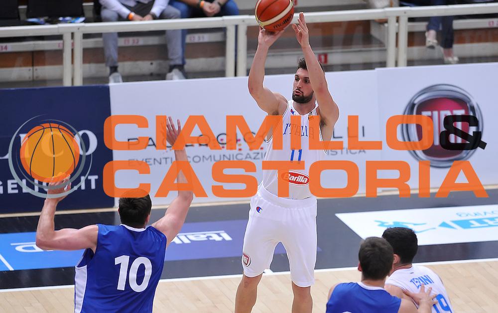DESCRIZIONE : Trento Nazionale Italia Uomini Trentino Basket Cup Italia Repubblica Ceca Italy Czech Republic<br /> GIOCATORE : Fabio Mian<br /> CATEGORIA : tiro three points<br /> SQUADRA : Italia Italy<br /> EVENTO : Trentino Basket Cup<br /> GARA : Trentino Basket Cup Italia Repubblica Ceca Italy Czech Republic<br /> DATA : 17/06/2016<br /> SPORT : Pallacanestro<br /> AUTORE : Agenzia Ciamillo-Castoria/A.Scaroni<br /> Galleria : FIP Nazionali 2016<br /> Fotonotizia : Trento Nazionale Italia Uomini Trentino Basket Cup Italia Repubblica Ceca Italy Czech Republic