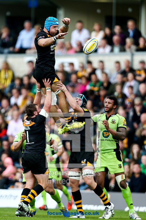 James Haskell of London Wasps (upper left) wins line out ball during the Aviva Premiership match at Adams Park, High Wycombe<br /> Picture by Andy Kearns/Focus Images Ltd 0781 864 4264<br /> 14/09/2014