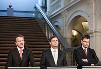 Nederland. Den Haag, 25 maart 2009. Rouvoet, Bos en balkenende n.a.v. het gesloten akkoord. De top van het kabinet en de sociale partners hebben gisteravond laat een principe-akkoord gesloten. Coalitieberaad, crisisakkoord Foto Martijn Beekman