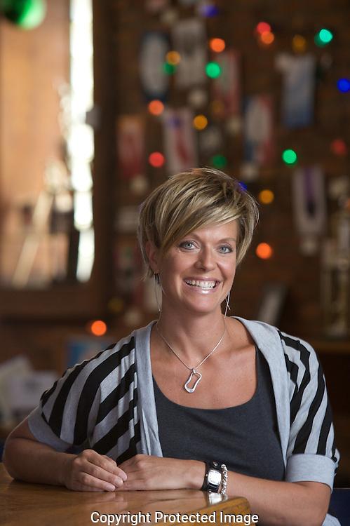 Denise La Pointe, bartender at High Beck Tavern.(Jodi Miller/Alive)