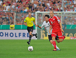 05.08.2013, osnatel Arena, Osnabrueck, GER, DFB Pokal, BSV Rehden vs FC Bayern Muenchen, 1. Runde, im Bild Arjen Robben (FC Bayern Muenchen / Muenchen #10) im Laufduell mit Taiki Hirooka (BSV Rehden #7) // during germans DFB Pokal 1st round match between BSV Rehden and FC Bayern Muenchen at the osnatel arena in osnabrueck, Germany on 20130805 . EXPA Pictures © 2013, PhotoCredit EXPA Andreas Gumz <br /> <br /> *****ATTENTION - OUT OF GER*****