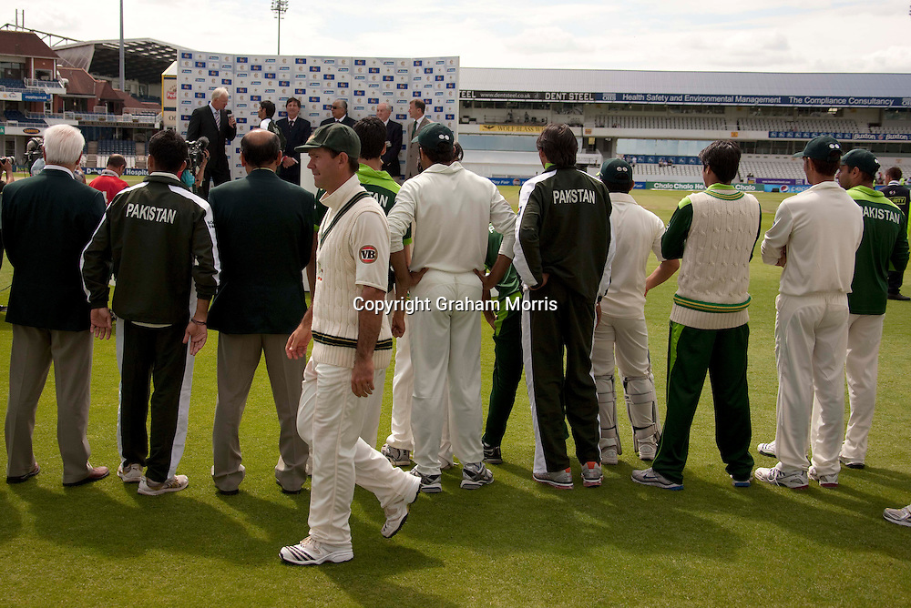 Captain Ricky Ponting walks off past the victors after losing the second MCC Spirit of Cricket Test Match between Pakistan and Australia at Headingley, Leeds.  Photo: Graham Morris (Tel: +44(0)20 8969 4192 Email: sales@cricketpix.com) 24/07/10