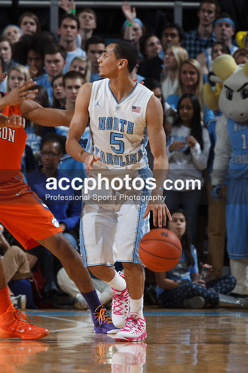 CHAPEL HILL, NC - JANUARY 26: Marcus Paige #5 of the North Carolina Tar Heels plays the Clemson Tigers on January 26, 2014 at the Dean E. Smith Center in Chapel Hill, North Carolina. North Carolina won 61-80. (Photo by Peyton Williams/UNC/Getty Images) *** Local Caption *** Marcus Paige