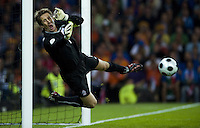 BERNE, SWITZERLAND - JUNE 09: Van der Sar of Netherlands during the Euro 2008 Group C match between Netherlands and Italy at Stade de Suisse Wankdorf on June 9, 2008 in Berne, Switzerland. (Photo by Manuel Queimadelos)