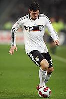 Fussball           EM Qualifikation        17.11.07 Deutschland - Zypern Mario GOMEZ (GER), Einzelaktion am Ball.