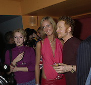 Lady Victoria Hervey and Mick Hucknall. Lady Victoria Hervey party. Saint Martins Lane Hotel. 12 December 2000 © Copyright Photograph by Dafydd Jones 66 Stockwell Park Rd. London SW9 0DA Tel 020 7733 0108 www.dafjones.com