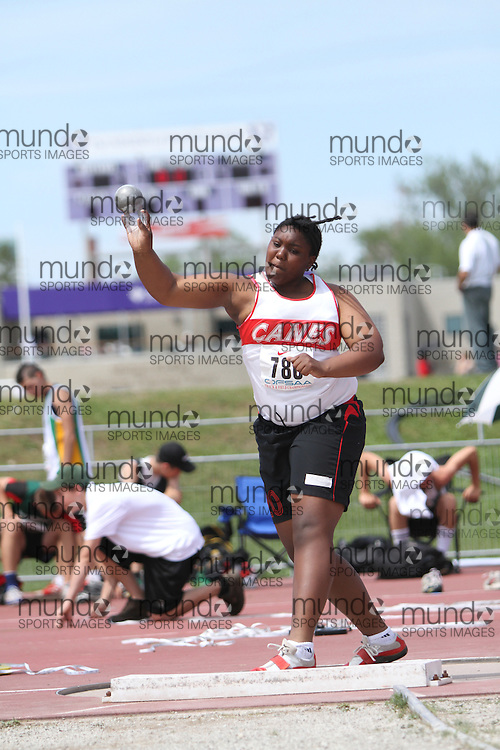 (London, Ontario}---05 June 2010) Lauren Thomas of Havergal College - Toronto competing in the midget girls shot put at the 2010 OFSAA Ontario High School Track and Field Championships in London, Ontario, June 05, 2010 . Photograph copyright dave chidley / Mundo Sport Images, 2010.