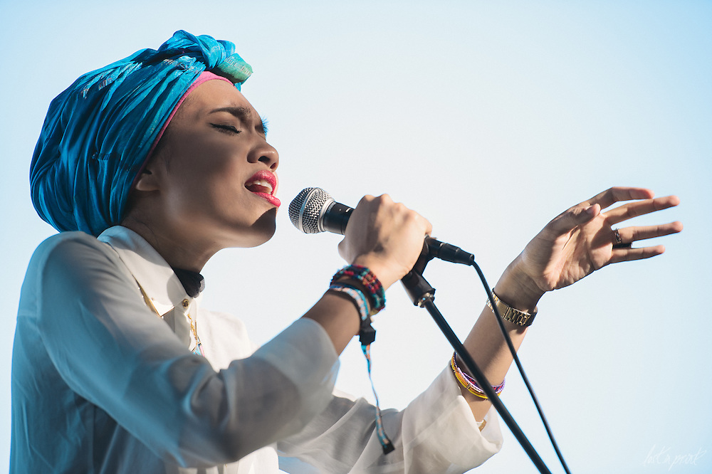 Yuna performs at Lollapalooza in Chicago, IL on August 5, 2012
