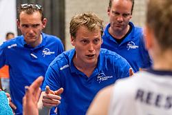 06-05-2017 NED: Finale play off Sliedrecht Sport - VC Sneek, Sliedrecht<br /> Sliedrecht is Nederlands kampioen 2016-2017 / Coach Matt van Wezel