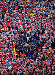 © Licensed to London News Pictures.11/09/2015. Barcelona, Spain. <br /> Approximately two million pro-independence Catalans gather on 5.2 km of Avinguda Meridiana/ Avenida Meridiana in Barcelona to demonstrate the 'Via LLiure' the Catalan Gateway, and their right to have a referendum for Catalonia Independence from Spain. <br /> The rally is organised by the ANC (Catalan National Assembly) and is held today 11/09/2015, Catalonia's national day.<br /> Photo credit : Rich Bowen/LNP