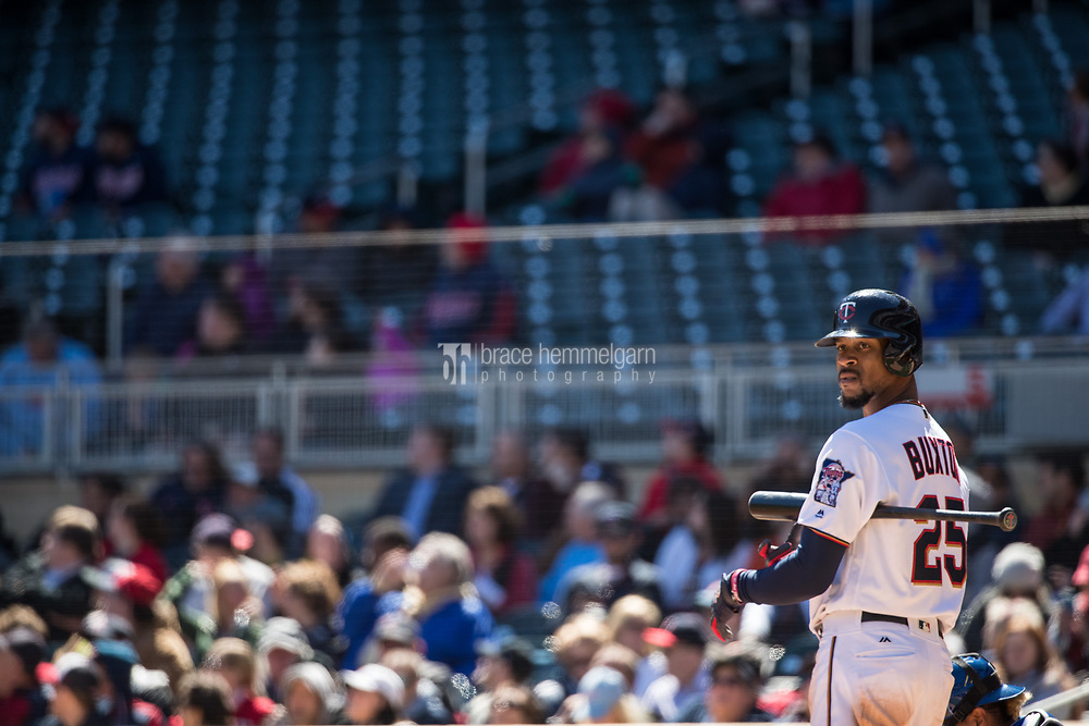MINNEAPOLIS, MN- APRIL 6: Byron Buxton #25 of the Minnesota Twins looks on against the Kansas City Royals on April 6, 2017 at Target Field in Minneapolis, Minnesota. The Twins defeated the Royals 5-3. (Photo by Brace Hemmelgarn) *** Local Caption *** Byron Buxton