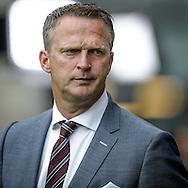 21-08-2016: Voetbal: FC Utrecht v AZ: Utrecht<br /> <br /> (L-R) AZ trainer John van den Brom tijdens het Eredivsie duel tussen FC Utrecht en AZ Alkmaar in stadion Galgenwaard te Utrecht op 21 augustus tijdens speelronde 3<br /> <br /> Eredivisie - Seizoen 2016 / 2017<br /> <br /> Foto: Gertjan Kooij