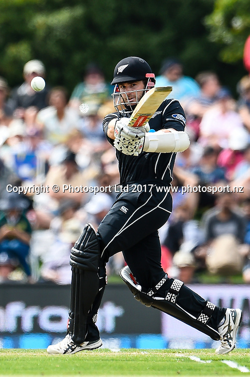 Kane Williamson of the Black Caps batting during the 2nd ANZ  One Day International Cricket  match, New Zealand V South Africa, Hagley Oval, Christchurch, New Zealand, 22nd Febuary 2017.Copyright photo: John Davidson / www.photosport.nz
