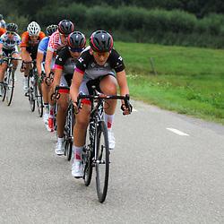 Boels Rental Ladiestour 2013 Papendrecht Specialized-Lululemon in de achtervolging op de koploopsters