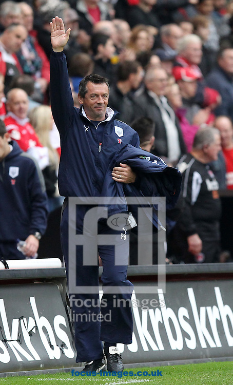 Picture by John Rainford/Focus Images Ltd. 07506 538356.5/11/11.Preston North End manager Phil Brown before the start of the Npower Championship match against Charlton at The Valley stadium, London.