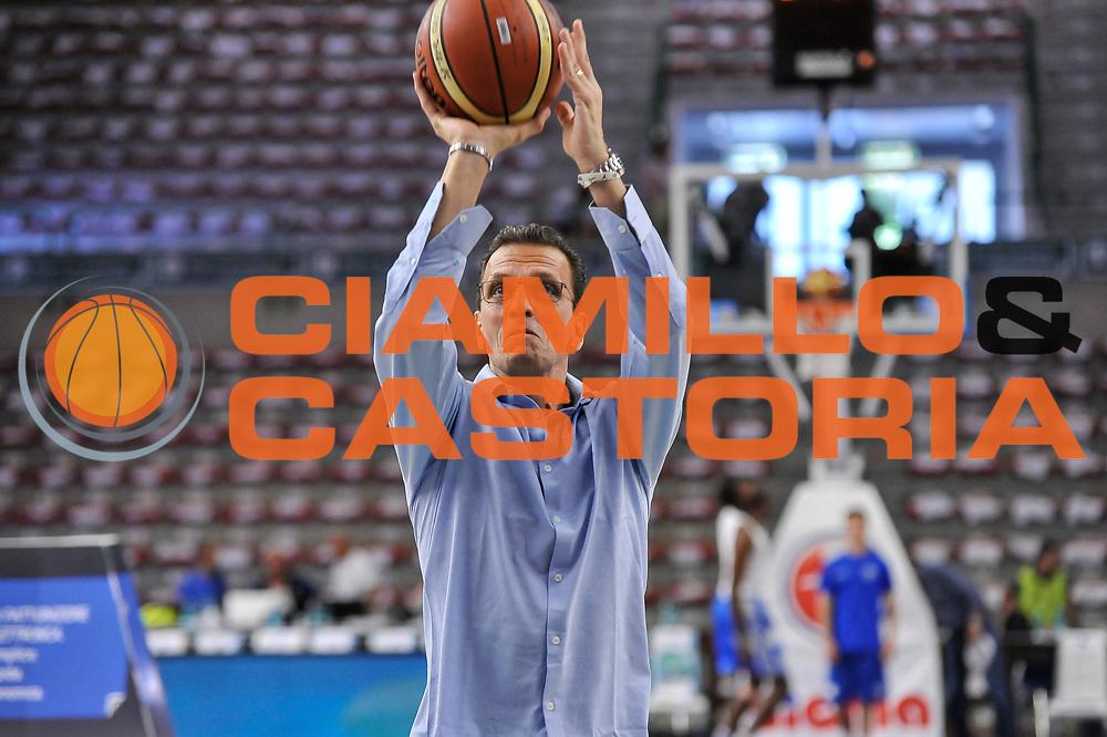 DESCRIZIONE : Campionato 2014/15 Serie A Beko Dinamo Banco di Sardegna Sassari - Grissin Bon Reggio Emilia Finale Playoff Gara6<br /> GIOCATORE : Pietro Colnago<br /> CATEGORIA : Before Pregame Tiro<br /> SQUADRA : Sky Sport Tv<br /> EVENTO : LegaBasket Serie A Beko 2014/2015<br /> GARA : Dinamo Banco di Sardegna Sassari - Grissin Bon Reggio Emilia Finale Playoff Gara6<br /> DATA : 24/06/2015<br /> SPORT : Pallacanestro <br /> AUTORE : Agenzia Ciamillo-Castoria/C.Atzori