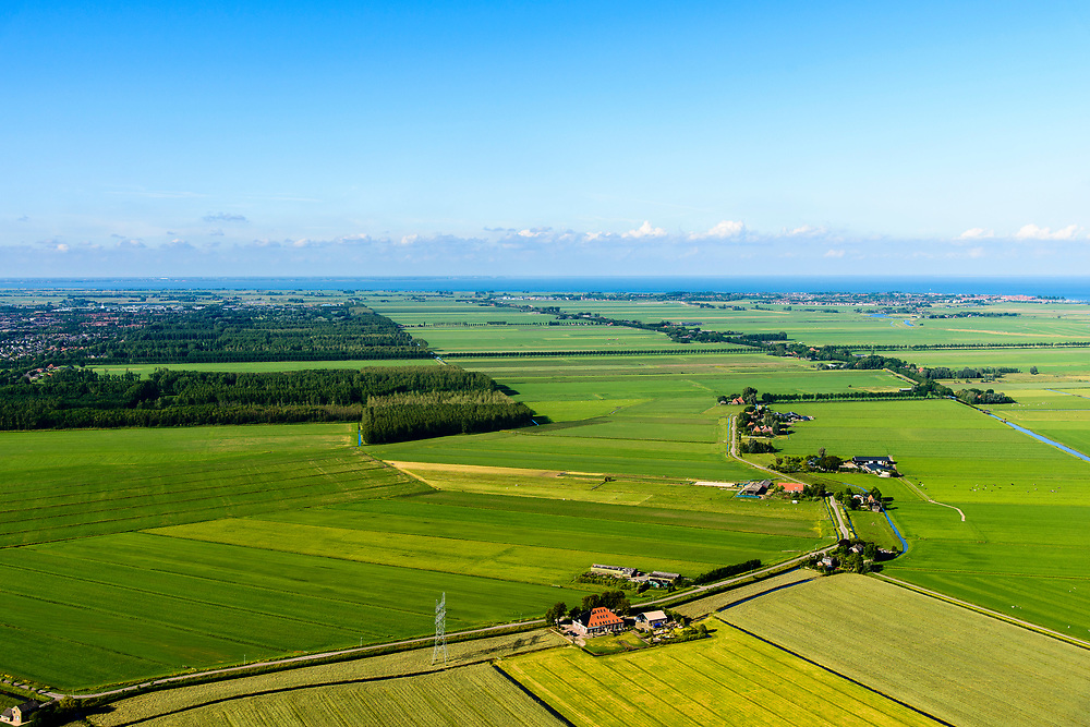 Nederland, Noord-Holland, Purmerend, 13-06-2017; overzicht Polder De Purmer met Purmerbos. <br /> Polder Purmer. Oosterweg.<br /> luchtfoto (toeslag op standaard tarieven);<br /> aerial photo (additional fee required);<br /> copyright foto/photo Siebe Swart