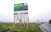 Nederland, Haps, 13-12-2016Nieuwbouw van een fabriek voor melkpoeder in dit dorp in Brabant . Een vestiging van voedingfabrikant Nutricia, onderdeel van Danone. Nutricia Cuijk B.V. is onderdeel van de Baby divisie van Danone en is volledig gespecialiseerd in het produceren en verpakken van hoogwaardige poedervormige producten voor dieetvoeding, klinische voeding en zuigelingenvoeding .Foto: Flip Franssen