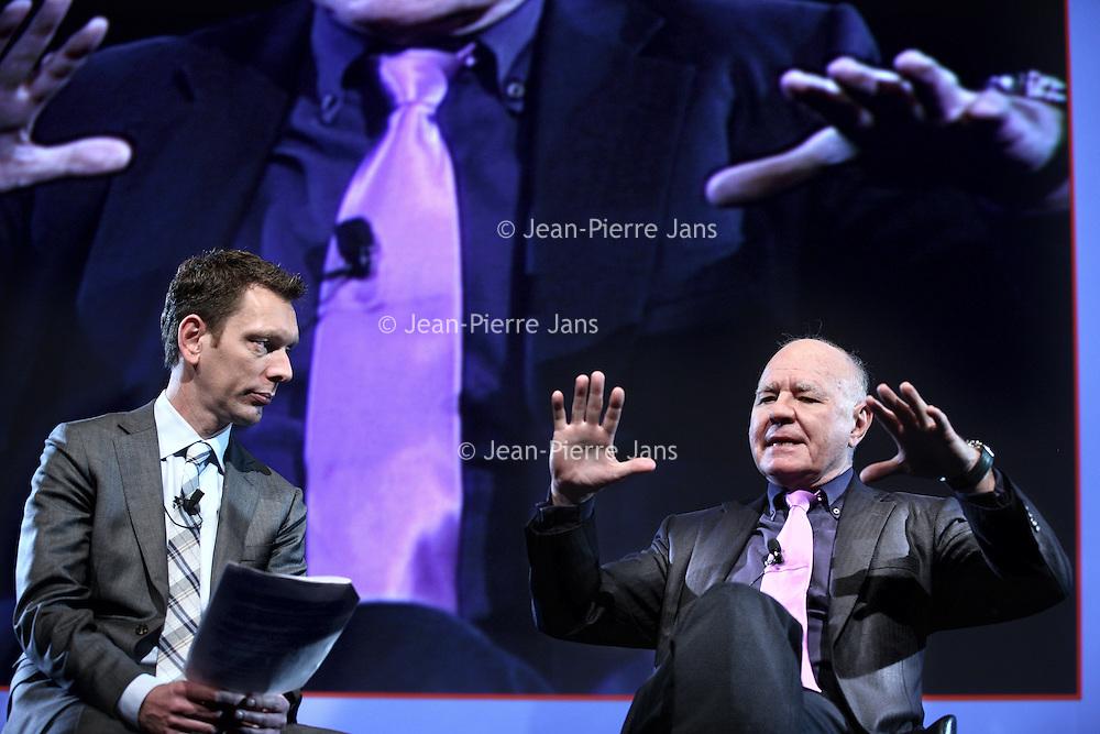 Nederland, Amsterdam , 24 november 2012..Marc Faber (alias Dr. Doom), is een Zwitserse investeringsanalist, auteur en ondernemer..Op veel gebieden heeft Faber een negatieve visie, waardoor hij ook wel Dr. Doom genoemd wordt. Hij denkt vooral dat de maatregelen van de Amerikaanse centrale bank de inflatie op den duur flink gaat aanwakkeren..Op de foto Marc Faber tijdens zijn lezing op de 34ste Dag van de Beleggers..Foto:Jean-Pierre Jans