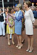 Koningsdag 2014 in Amstelveen, het vieren van de verjaardag van de koning. / Kingsday 2014 in Amstelveen, celebrating the birthday of the King. <br /> <br /> <br /> Op de foto / On the photo: Prinses Anita , Prinses Laurentien en Prinses Marilene