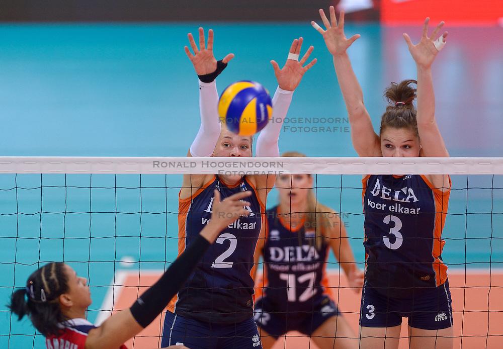 29-05-2015: Volley Masters Dominicaanse Republiek - Nederland, Montreux<br /> Nederland wint ook de laatste wedstrijd met 3-0 en wordt daarmee groepswinnaar / Femke Stoltenborg #2, Yvon Belien #3