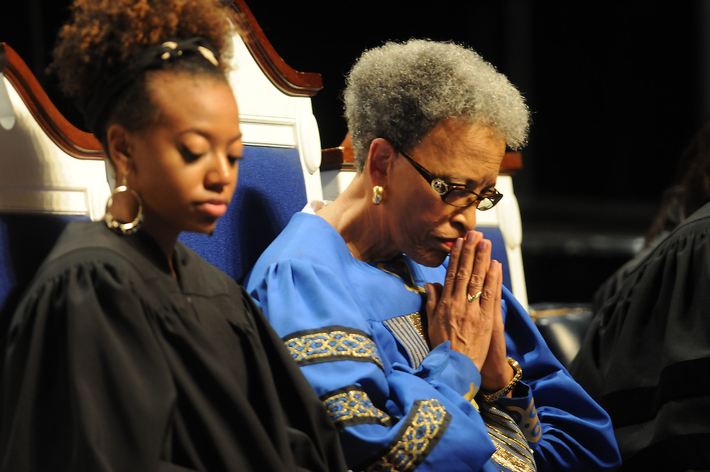 Sept. 2, 2012 Washington DC-- Dr. Johnnetta Cole, Director of the Simthsonian Institution National Museum of Africa Art, prays during a hymn of preparation before speaking during services at the Andrew Rankin Memorial Chapel at Howard University Sunday after the AT&T Nation's Football Classic was played Saturday with Howard defeating Morehouse College 30-29. (Photo by Alan Lessig)