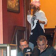 NLD/Amsterdam/20130623 - Rihanna verlaat de Amsterdamse coffeeshop Green House naar een verblijf van 3 uur  - American singer Rihanna leaving the coffeeshop after and staying of three hours smoking weed ,