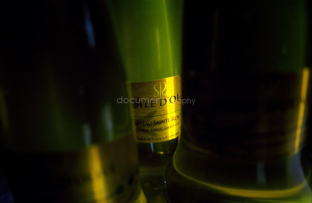 Bouteilles d'huile d'olive, Chateau Sainte Roseline, Les Arcs-sur-Argens, France