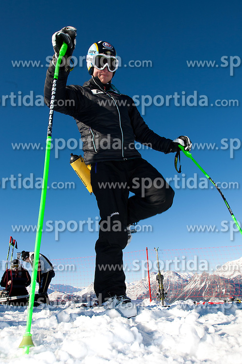 27.12.2011, Pista Stelvio, Bormio, ITA, FIS Weltcup Ski Alpin, Herren, Abfahrt, 1. Training, im Bild am Start Hannes Reichelt (AUT) // Hannes Reichelt of Austria at the start before first practice session downhill of FIS Ski Alpine World Cup at 'Pista Stelvio' in Bormio, Italy on 2011/12/27. EXPA Pictures © 2011, PhotoCredit: EXPA/ Johann Groder