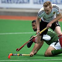 MELBOURNE - Champions Trophy men 2012<br /> Germany v Pakistan 1-2<br /> Pakistan into the half final<br /> foto:Duel Christopher Reuhr andShakeel Abassi..<br /> FFU PRESS AGENCY COPYRIGHT FRANK UIJLENBROEK
