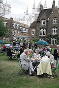 Garden party, Charity Garden Party  to raise money for The Passage. A London charity which provides care for homeless and vulnerable people. College Garden, Westminster Abbey<br />Thursday 19 July 2007  -DO NOT ARCHIVE-© Copyright Photograph by Dafydd Jones. 248 Clapham Rd. London SW9 0PZ. Tel 0207 820 0771. www.dafjones.com.