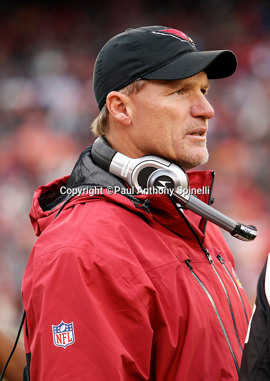 Arizona Cardinals head coach Ken Whisenhunt looks on during the NFL week 17 football game against the San Francisco 49ers on Sunday, January 2, 2011 in San Francisco, California. The 49ers won the game 38-7. (©Paul Anthony Spinelli)