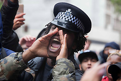 © Licensed to London News Pictures. 06/06/2020. London, London, UK. Black Lives Matter protestors rally escalates at Downing Street in central London, following the death of George Floyd in Minnesota, USA   Photo credit: Marcin Nowak/LNP