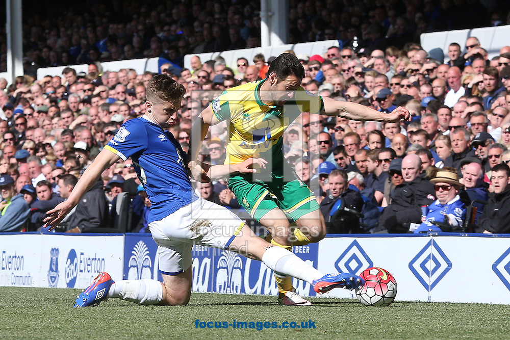 Jonjoe Kenny of Everton and Matt Jarvis of Norwich in action during the Barclays Premier League match at Goodison Park, Liverpool<br /> Picture by Paul Chesterton/Focus Images Ltd +44 7904 640267<br /> 15/05/2016