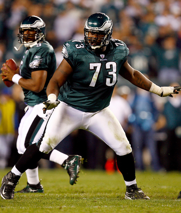 PHILADELPHIA - OCTOBER 2: Offensive lineman Shawn Andrews #73 of the Philadelphia Eagles in action against the Green Bay Packers on October 2, 2006 at Lincoln Financial Field in Philadelphia, Pennsylvania. The Eagles defeated the Packers 31-9. *** Local Caption *** Shawn Andrews