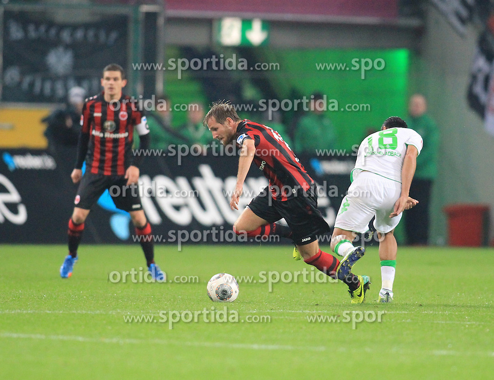 27.10.2013, Borussia Park, Moenchengladbach, GER, 1. FBL, Borussia Moenchengladbach vs Eintracht Frankfurt, 10. Runde, im Bild Stefan Aigner #16 (Eintracht Frankfurt) im Zweikampf gegen Juan Arango #18 (Borussia Moenchengladbach), Aktion, Action // during the German Bundesliga 10th round match between Borussia Moenchengladbach and Eintracht Frankfurt at the Borussia Park in Moenchengladbach, Germany on 2013/10/27. EXPA Pictures &copy; 2013, PhotoCredit: EXPA/ Eibner-Pressefoto/ Schueler<br /> <br /> *****ATTENTION - OUT of GER*****