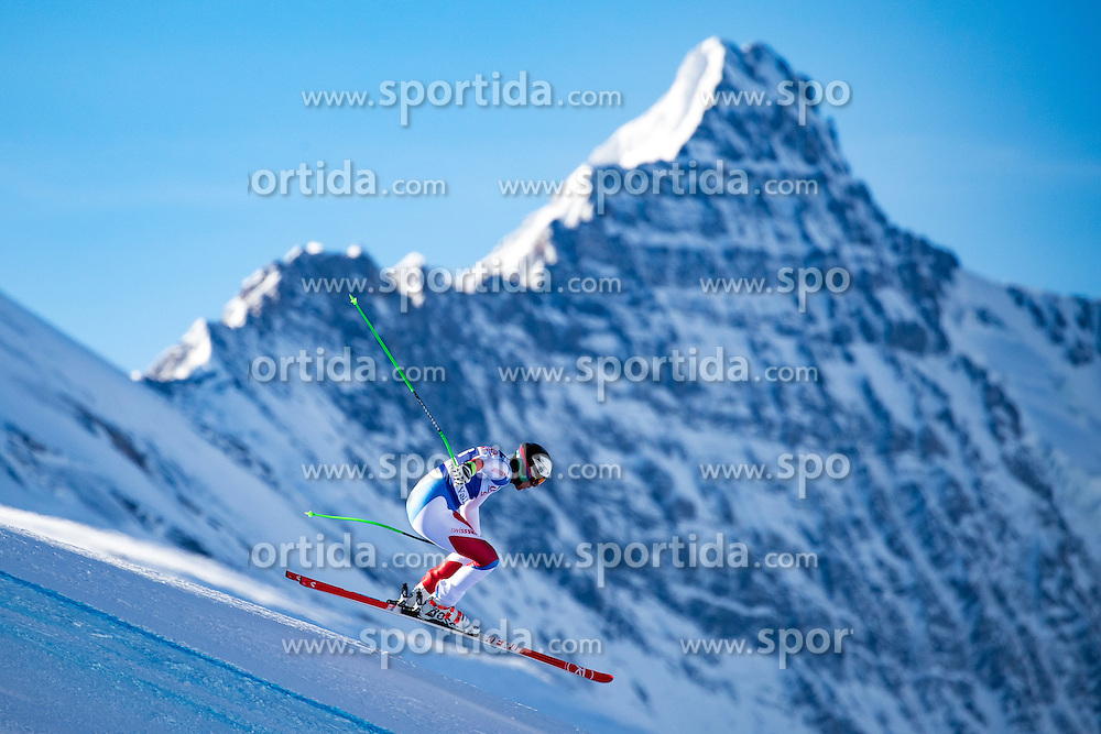 01.12.2016, Val d Isere, FRA, FIS Weltcup Ski Alpin, Val d Isere, Abfahrt, Herren, 2. Training, im Bild Marc Gisin (SUI) // Marc Gisin of Switzerland in action during the 2nd practice run of men's Downhill of the Val d Isere FIS Ski Alpine World Cup. Val d Isere, France on 2016/01/12. EXPA Pictures © 2016, PhotoCredit: EXPA/ Johann Groder