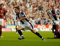 Photo: Leigh Quinnell.<br /> West Bromwich Albion v Arsenal. The Barclays Premiership.<br /> 15/10/2005. Darren Carter fires in the second goal for West Brom.