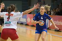 Håndball<br /> 13. November 2018<br /> Eliteserien Kvinner<br /> Haukelandshallen<br /> Tertnes - Larvik<br /> Mathilde Rivas-Toft (L) , Larvik<br /> Thea Stankiewicz (R) , Tertnes<br /> Foto: Astrid M. Nordhaug