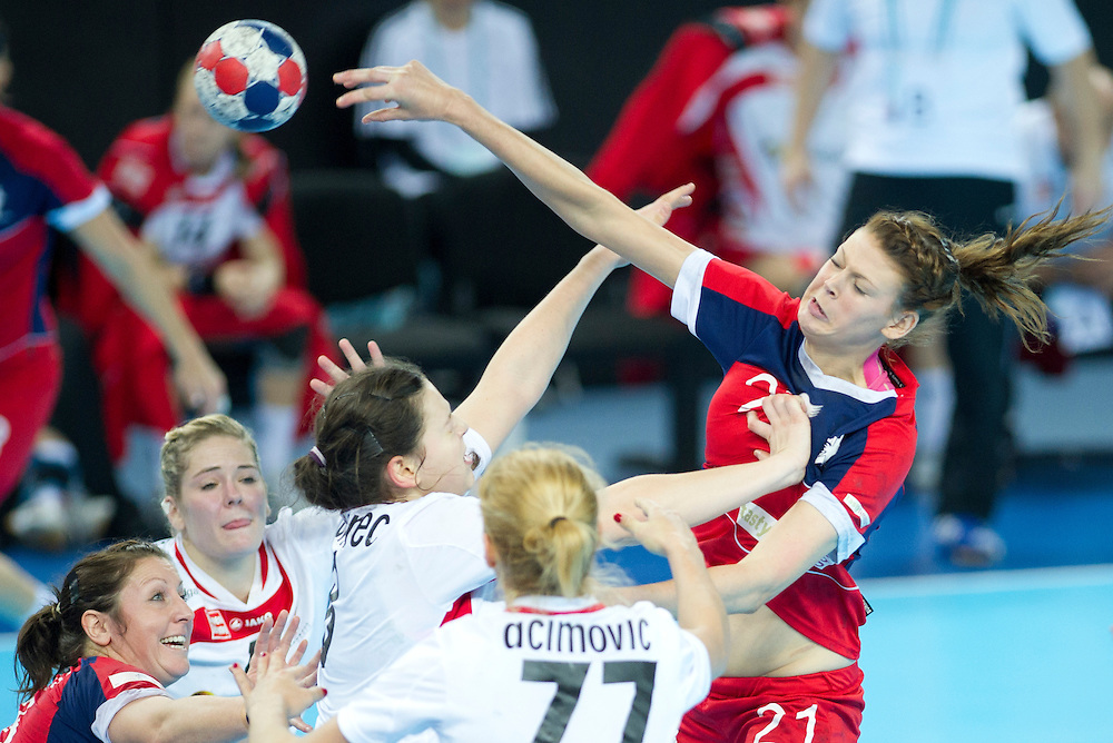 London Handball Cup - GB vs Austria - Kathryn Fudge (GB), Martina Goricanec (AUT)