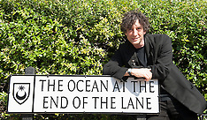 "AUG 18 2013 Neil Gaiman author of ""The Ocean At The End of the Lane"""